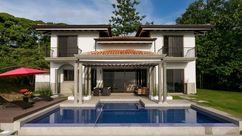 Top 5 Mistakes People Make When Buying a House in the Caribbean
